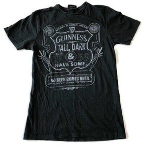 Guinness Beer Graphic T-Shirt Size Small
